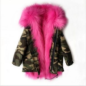 Other - 🌈🌈🌈 Girls Camouflage Hot pink faux fur parka
